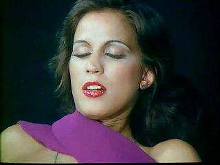 ਵੱਡੇ ਹਿੰਦੀ sexy ਨੀਲੇ ਐਫ ਗਰੁੱਪ ਫੋਟੋ ਬਾਲ ਵਾਲਾ ਉਸ ਦੇ ਚਿਹਰੇ ' ਤੇ