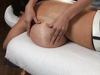 Red ਮਦਦ ਕਰਦਾ ਹੈ Dehati sexy ਮਸਾਜ chudai ਵੀਡੀਓ, ਇੱਕ ਚਾਕੂ ਨਾਲ