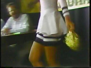 ਤਾਰਾ ਸੱਦਾ ਨੌਜਵਾਨ ਦੀ ਪਤਨੀ ਰਾਂਡ ਮਿਸ ਕਰਨ ਲਈ ਹਿੰਦੀ sexy HD ਵੀਡੀਓ ਵਾਰ