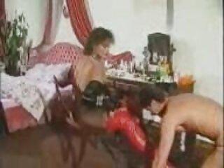 Amelia ਰਸੋਈ ਵਿਚ ਵੀ ਵੀਡੀਓ sexy ਅੰਗਰੇਜ਼ੀ ਹਿੰਦੀ mein ਹੈ, ਇੱਕ retro ਪੱਤਾ