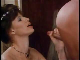 ਵੱਧ ਝੁਕ ਨਾਲ ਕਸਰ ਹੈ ਅਤੇ ਉਸ ਨੂੰ ਪਾ ਵਿੱਚ cumshots ਹਿੰਦੀ sexy ਤਸਵੀਰ ਵੀਡੀਓ ਮੋਰੀ